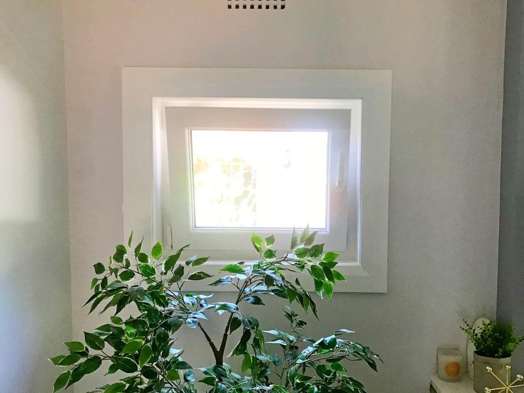 Bathroom & Laundry Windows